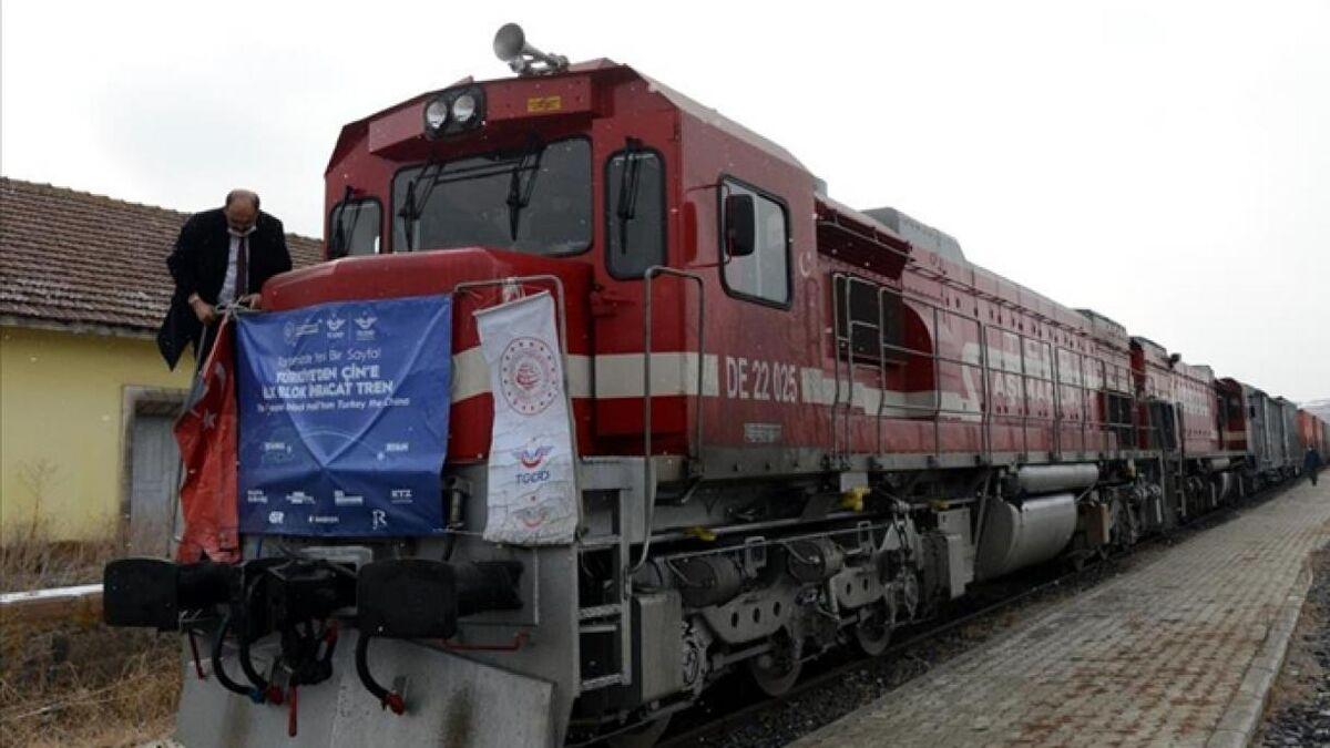 اولین قطار باری استانبول-پکن؛ توسعه چشم انداز صادرات ترکیه| آیا ایران دور خورده است؟