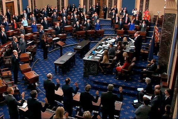 توافق سنای آمریکا با بسته حمایتی ۹۰۰ میلیارد دلاری