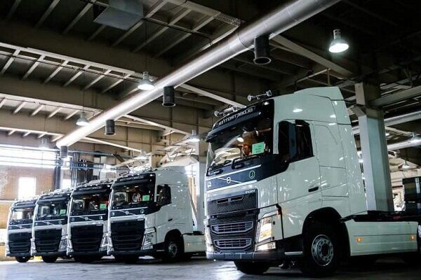 ۱۰میلیون لیتر صرفه جویی سوخت با نوسازی ۲۰۰۰ دستگاه کامیون| ادامه تردد ۴۸۰۰۰ دستگاه خودرو کار و تجاری فرسوده
