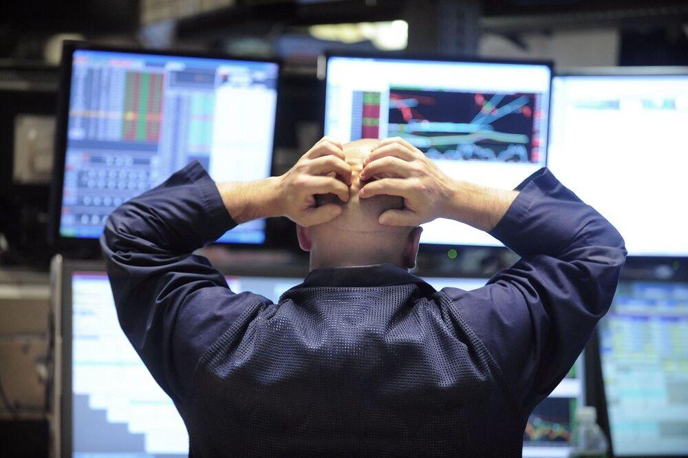 میلیونها آمریکایی در لبه پرتگاه مالی