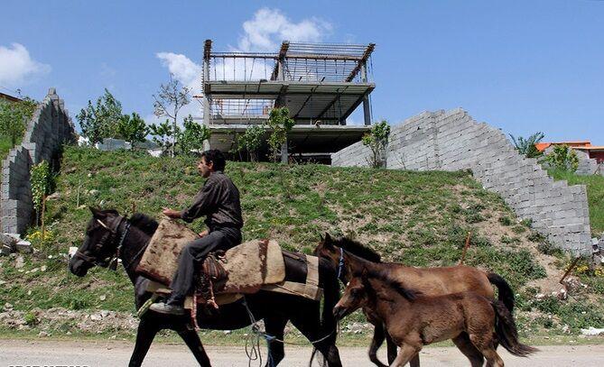 بحران آبی در قطب کشاورزی آذربایجان شرقی| سونامی تبدیل باغات اهر به ویلا و تفرجگاه