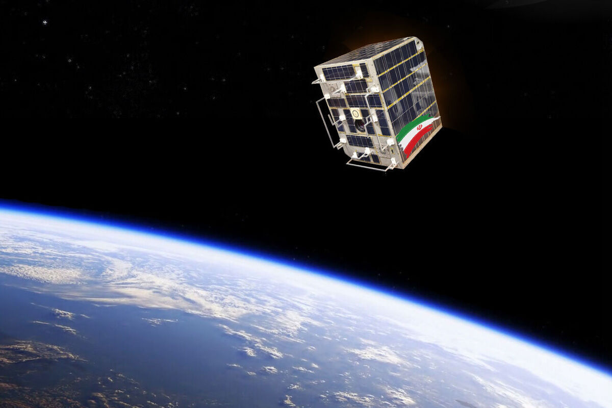 پارس ۱ به سازمان فضایی ایران تحویل داده شد