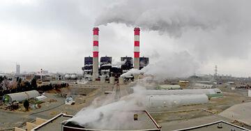 نیروگاههای مشهد دود میکنند؛ کمبود گاز عامل سوزاندن مازوت