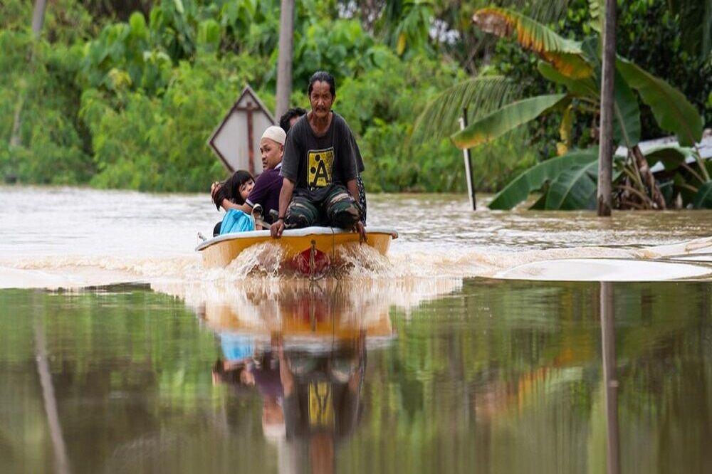 آواره شدن هزاران نفر بر اثر سیل در مالزی