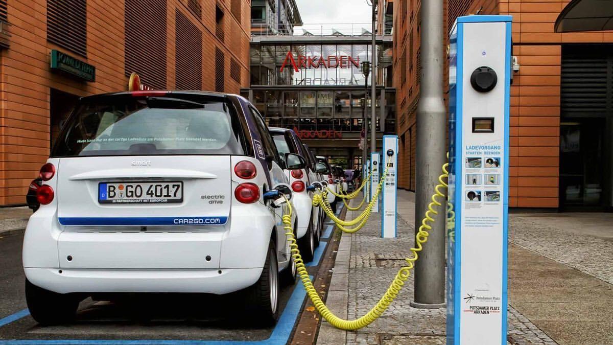 برقی ها در راس خودروهای ۲۰۲۰  نروژی ها رکورد زدند