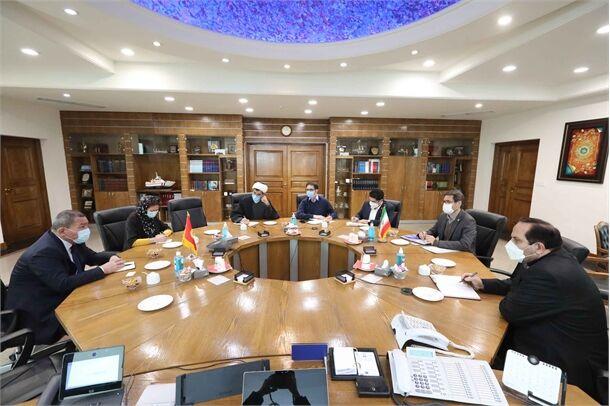 ابراز تمایل قرقیزستان برای ترانزیت کالا از بنادر ایران