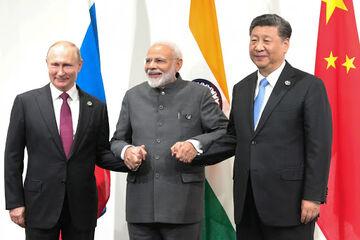 تجارت آزاد ایران_ اوراسیا؛ مقابله با تحریمهای آمریکا  صرفه جویی ۳۰ درصدی تجارت هند با اروپا از مسیر ایران