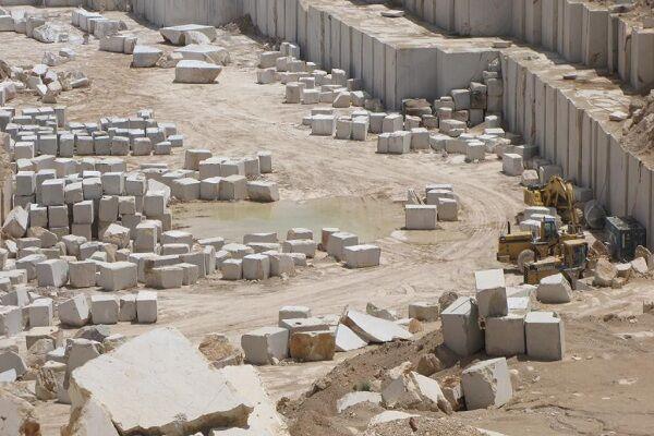 ۸۰ درصد سنگهای تزیینی همدان به اصفهان و تهران میرود؛ لزوم احداث شهرک سنگبری