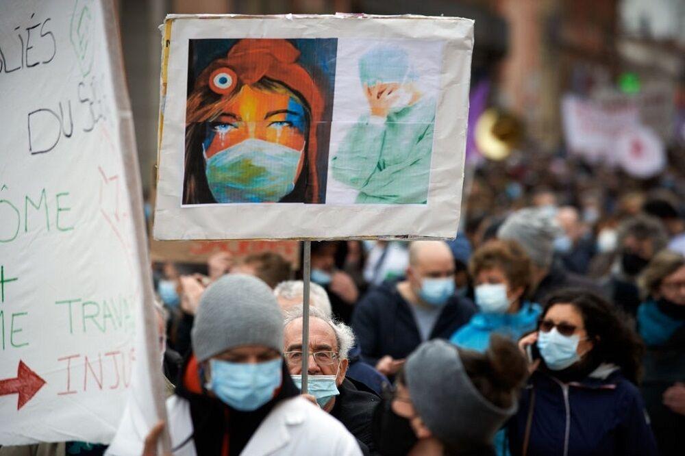 تظاهرات سراسری کادر درمانی در فرانسه