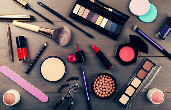 افزایش ۱۵ درصدی عوارض گمرکی و سود بازرگانی واردات لوازم آرایشی در سال آینده