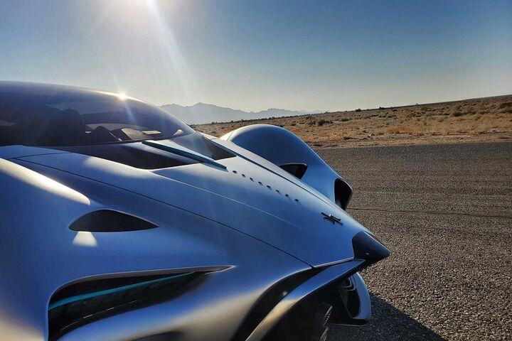 ابر خودرو هیدروژنی 16