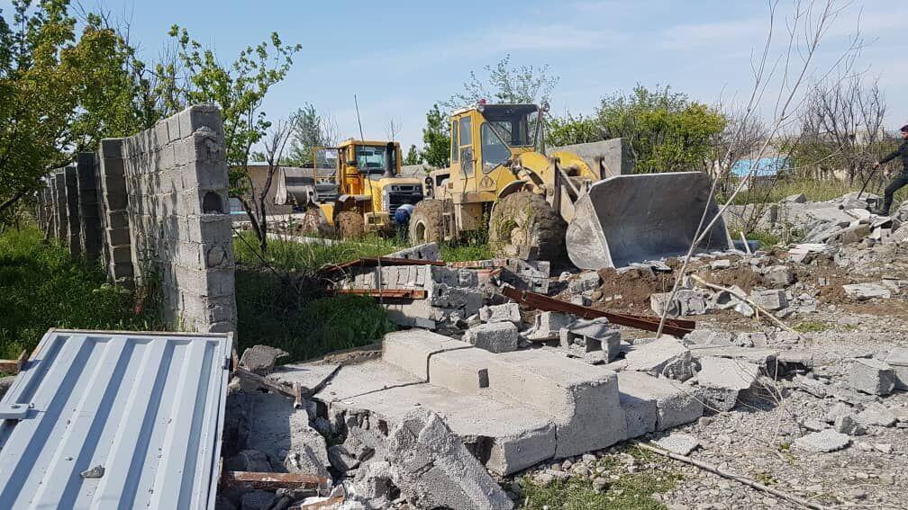 قلع و قمع حدود ۲۰۰ ساخت و ساز غیرمجاز در شهرستان همدان