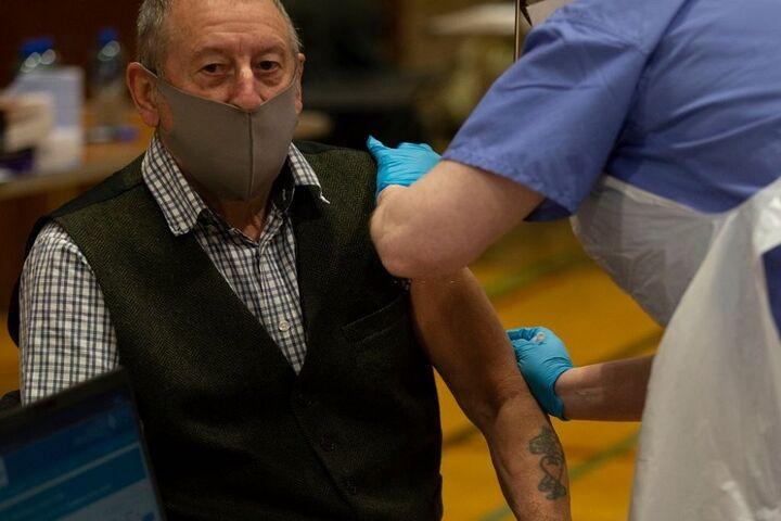متقاعدسازی جمهوری خواهان برای زدن واکسن، چالش جدید آمریکا