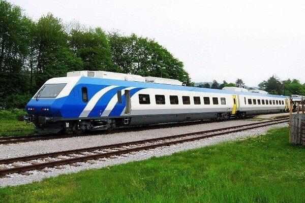 قطارهای محلی شمال در نوروز با نصف ظرفیت فعالیت می کنند