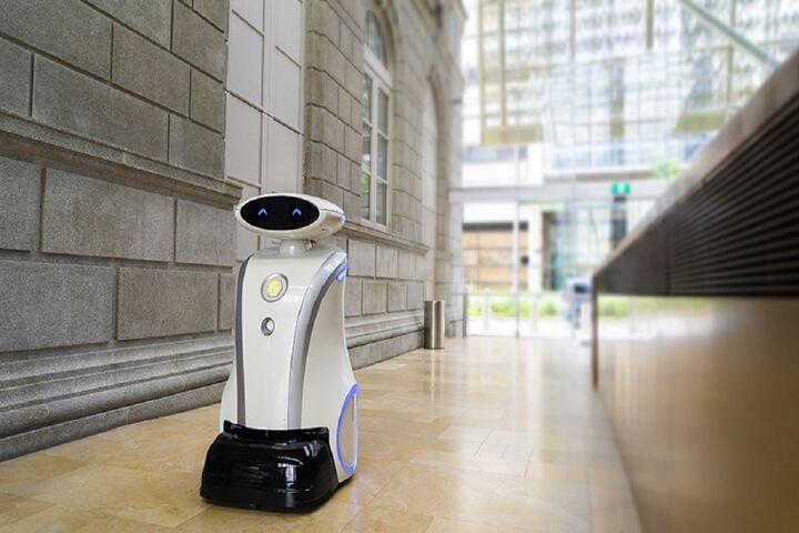 ربات لطیفهگو 3