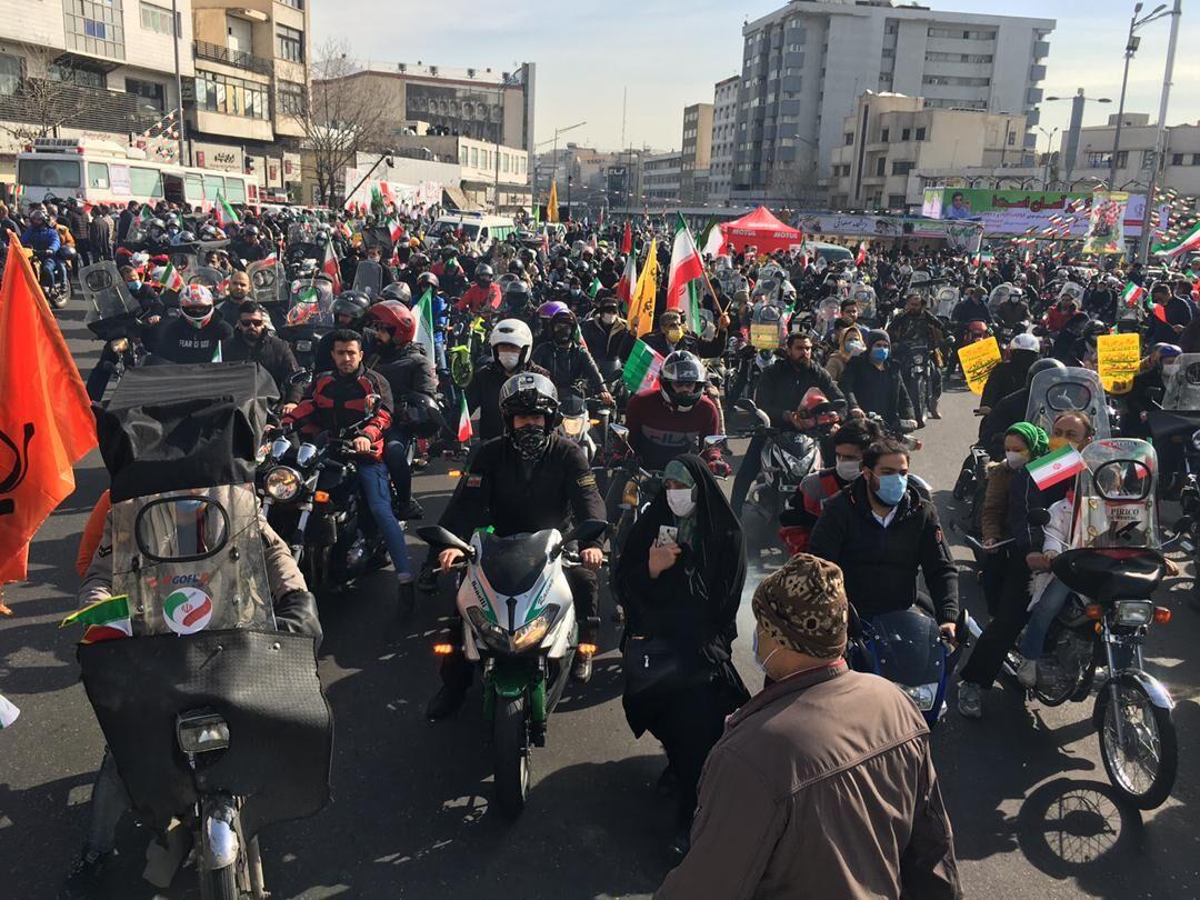 رژه ۲۶۰ موتور در سالروز پیروزی انقلاب اسلامی| نخستین تور موتورسواری بین المللی به کربلا خواهد رفت