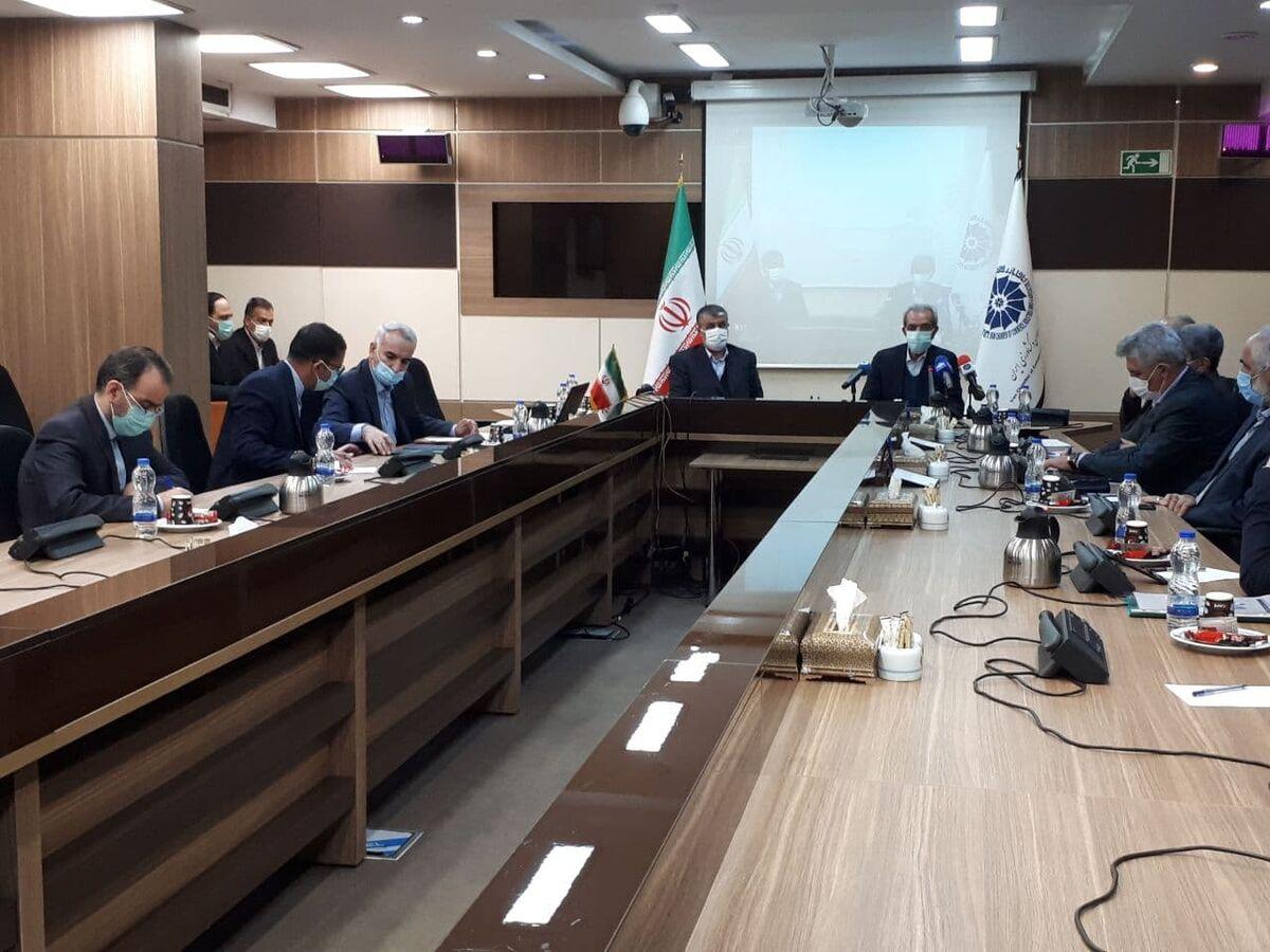 تاکید رئیس اتاق ایران بر توسعه زیرساختهای حمل و نقل کشور