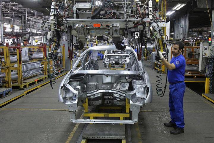 ارجاع طرح ساماندهی صنعت خودرو به کمیسیون صنایع و معادن