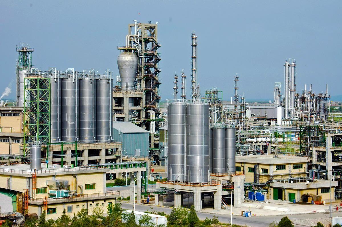 رشد ۲۸ درصدی تولیدات پتروشیمی در مازندران