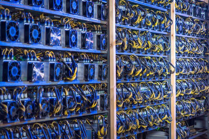 مراکز داده به استخراج رمزارزها کمک می کند| برون سپاری عملیات ماینینگ به مراکز داده