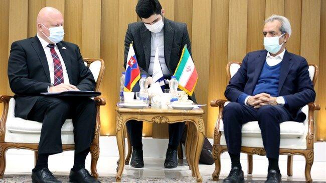 رویکرد منطقهای، مبنای توسعه روابط اقتصادی ایران و اسلواکی باشد