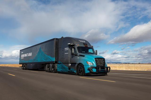 دایملر و آمازون برای تولید کامیونهای «خودران» همکاری میکنند