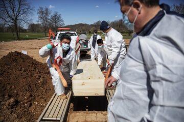 کارآمدی واکسن سینواک چین مقابل ویروس آفریقای جنوبی عادی شدن شرایط کشورهای توسعه یافته تا یک ماه آینده