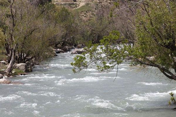 رودخانهها پرآب اما دشتها تشنه