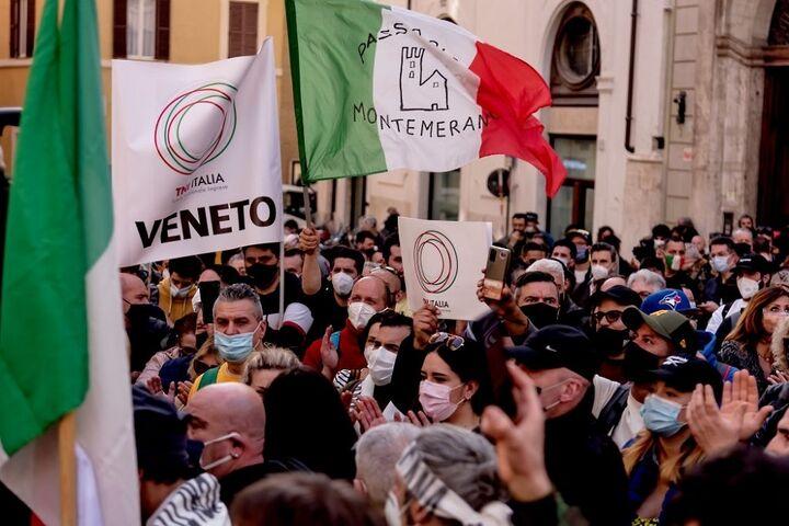 اعتراض در ایتالیا 2