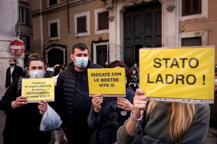 اعتراض در ایتالیا 9