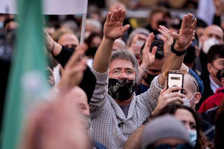 اعتراض در ایتالیا 11