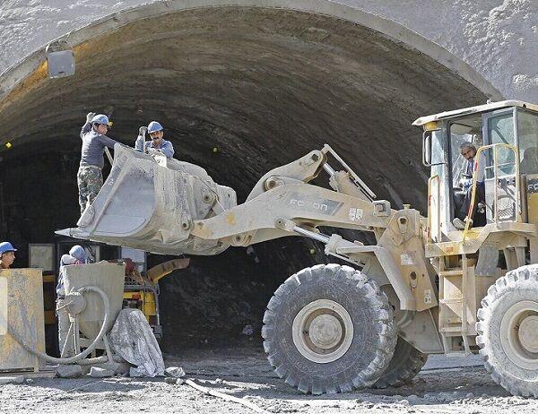 آخرین وضعیت تونل خوانسار – بوئین میاندشت/ حفاری تونل به پایان رسید