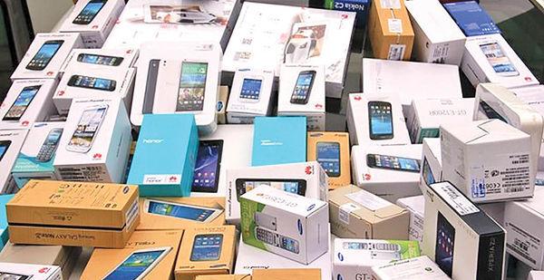 افزایش ۷ درصدی تعرفه واردات گوشیهای بالای ۶۰۰ دلار| گوشی گران می شود؟
