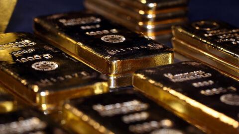 قیمت طلا از رکوردهای ۲ ماهه پایین آمد