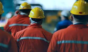 حمایت از نیروی کار آسیب پذیر در سالهای کرونایی؛دولت و شرکتها به حمایت از نیروی کار آمدند