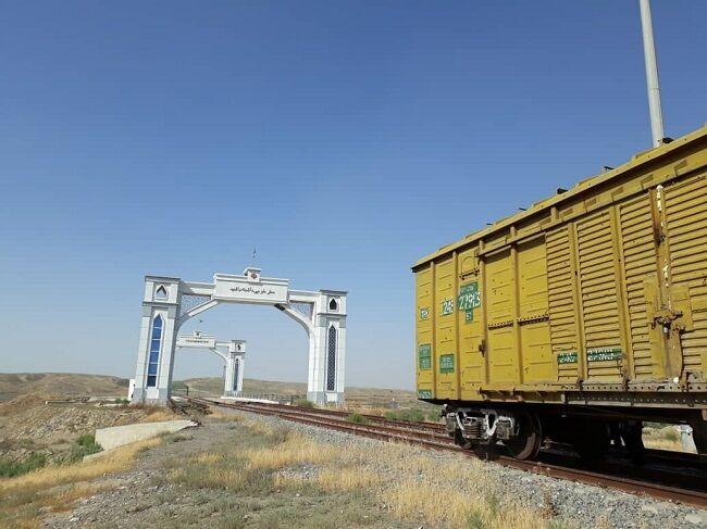 خط عریض ریلی ایران به ترکمنستان متصل شد
