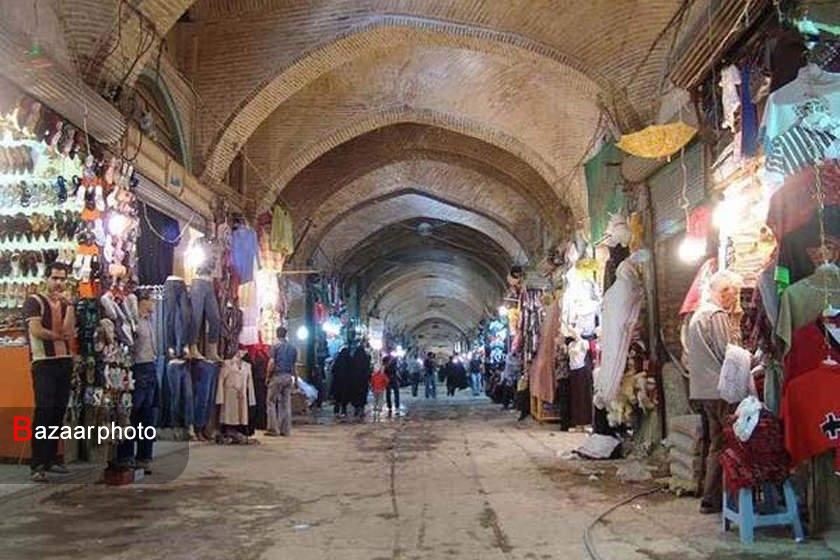 فروش فوق العاده اجناس توسط کسبه و بازاریان همدان در شب عید