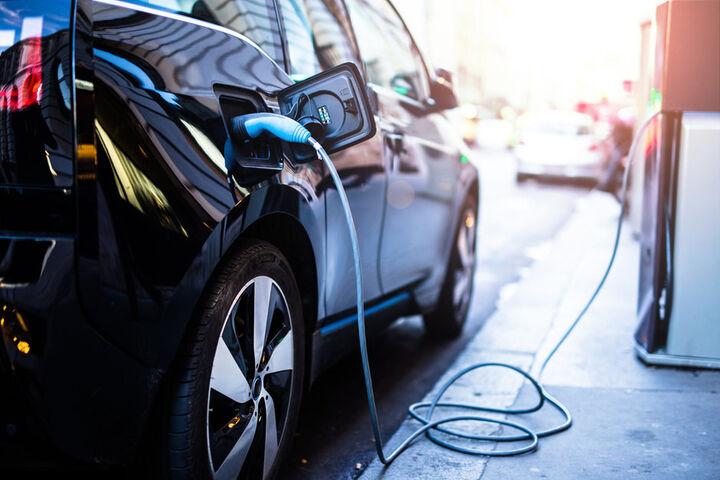 ۴۰ درصد تولید خودرو در آمریکا تا سال ۲۰۳۰ برقی شود  به روز رسانی استانداردهای آلایندگی تا سال ۲۰۲۶