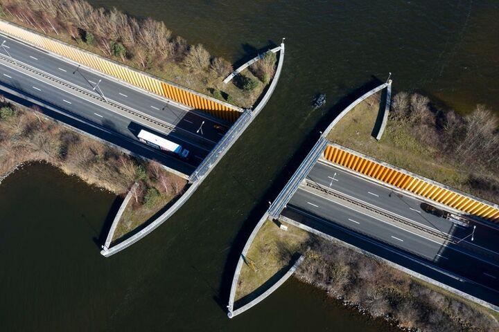 پل آبی 6