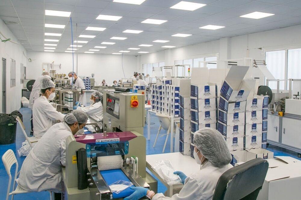 کارخانه تولید ماسک در اسپانیا