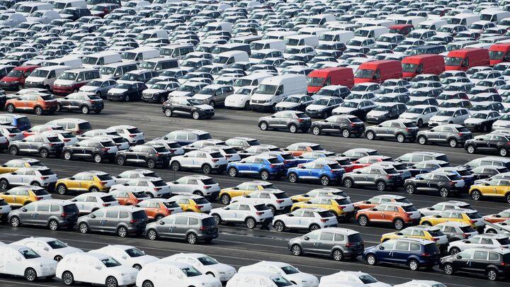 غولهای خودروسازی چه مقدار فروش دارند؟