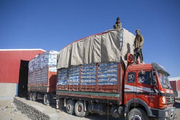 هزار و ۳۰۸ دستگاه کامیون از مرز ماهیرود به افغانستان ترانزیت شد