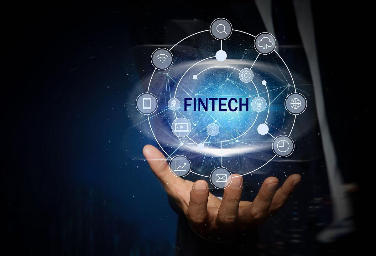 دنیای دیجیتال شعبه های بانکها را می بندد/ تحول بانکداری با فین تک ها