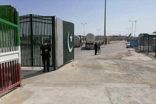 ورودی پایانه مرزی میرجاوه به منظور تسهیل تردد مرزی تعریض شد
