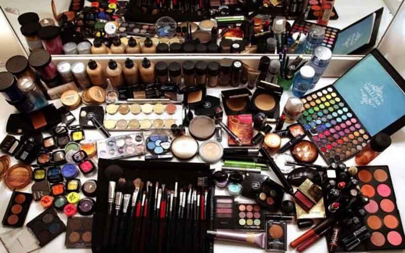 ۷۰درصد لوازم آرایشی یزد از تولیدات داخلی تامین میشود