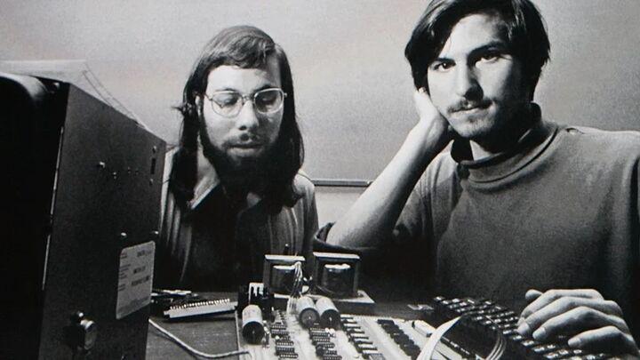 «اپل» ۴۵ ساله شد؛ ما برای پایان یک داستان نیامده ایم!