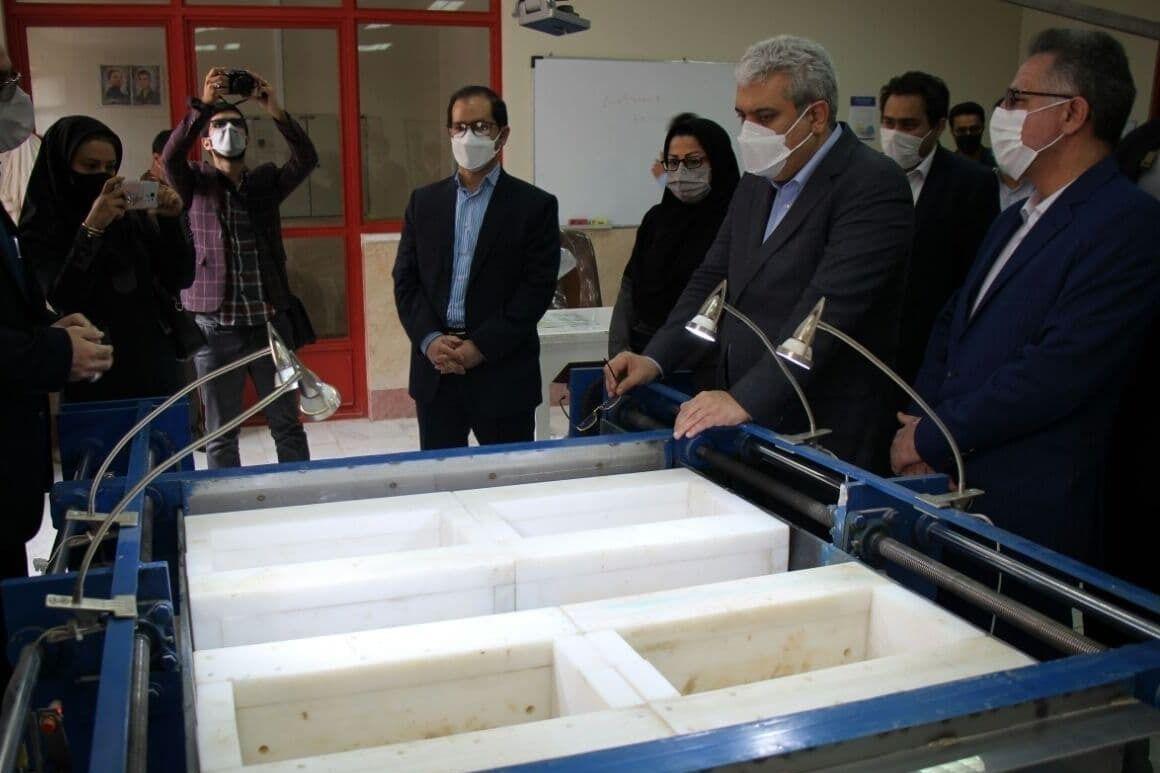 نمایشگاه محصولات دانش بنیان در دانشگاه دامغان برپا شد
