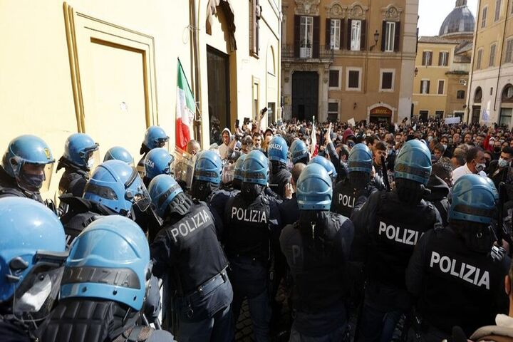 اعتراضات ایتالیا 2