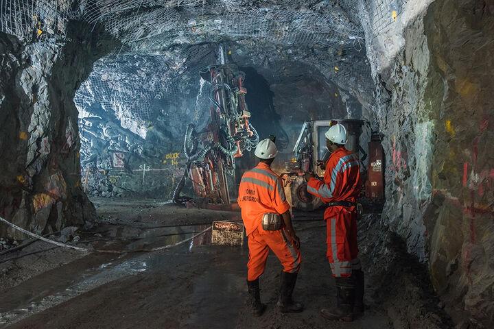 احتمال بروز حادثه معدن طرزه در مازندران وجود دارد/ معادن ناایمن