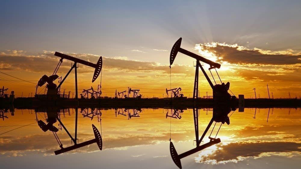 آینده پر ابهام بازار نفت| تولید ایران ۱۳۷ هزار بشکه بیشتر شد